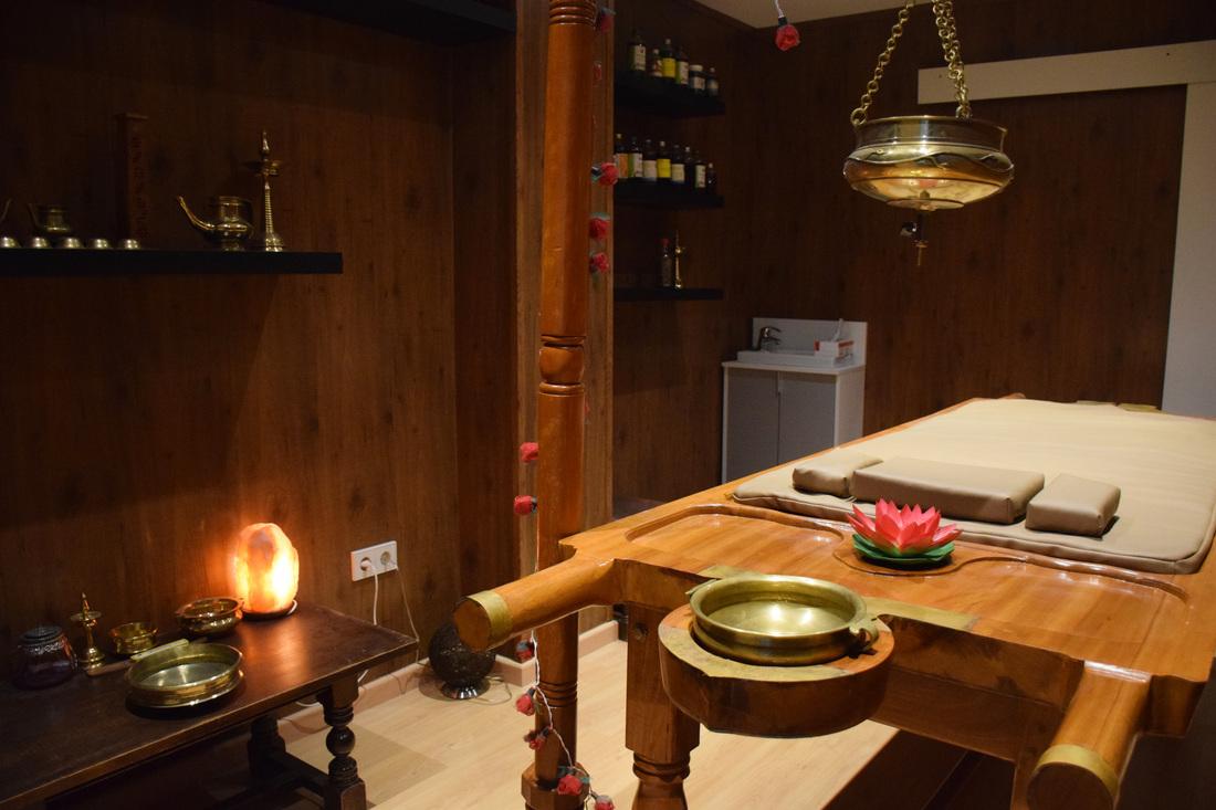 Dhara Wellness garden - Sala de Ayurveda - Curso de Masaje