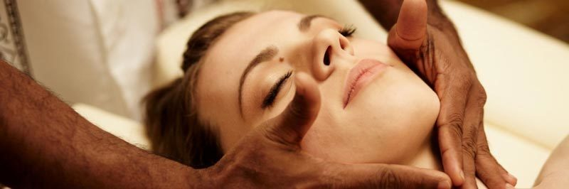Dhara Wellness Garden - Ayurveda Face Massage